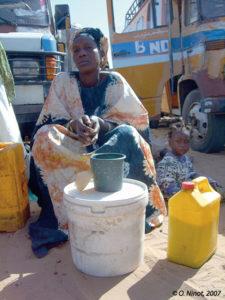 Vendeuse de lait à Dahra