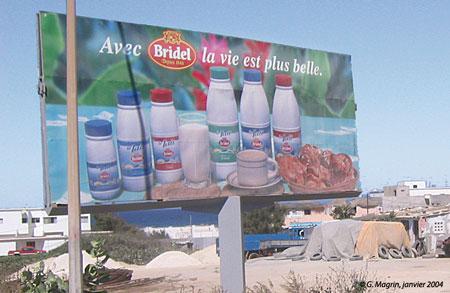 Sénégal-La filière lait, du global au local-Les importations laitières au Sénégal-Publicité pour Bridel à Ngor (Dakar)